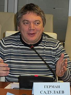 Садулаев на объявлении «короткого списка» конкурса «Русская Премия» 2011 года; Москва, 20 марта 2012 года