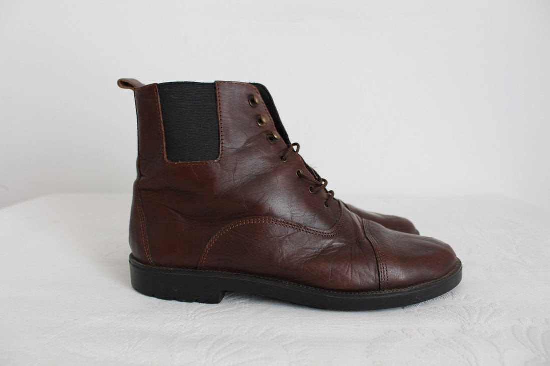 VINTAGE GENUINE LEATHER BROWN LACE-UP BOOTS - SIZE 6