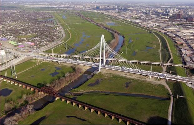 Register to run the Trinity River Levee Run!