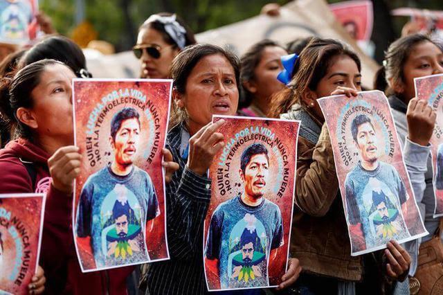 La figura de Samir Flores se ha vuelto icónica y comparada con la del revolucionario Emiliano Zapata. Foto: archivo Facebook.