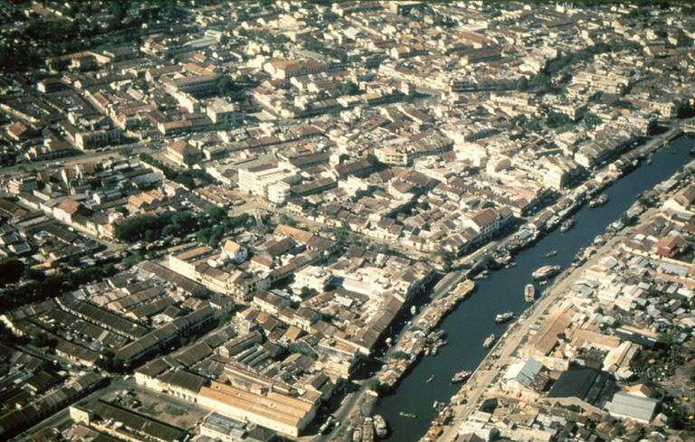 Khu vực quận 5 nhìn từ máy bay.