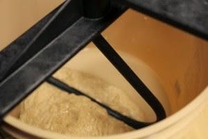 whole-grain-spelt-bread_104