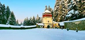 manyavskiy-monastyir-zima1