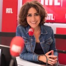 Isabelle Saporta, journaliste engagée… et dégagée.