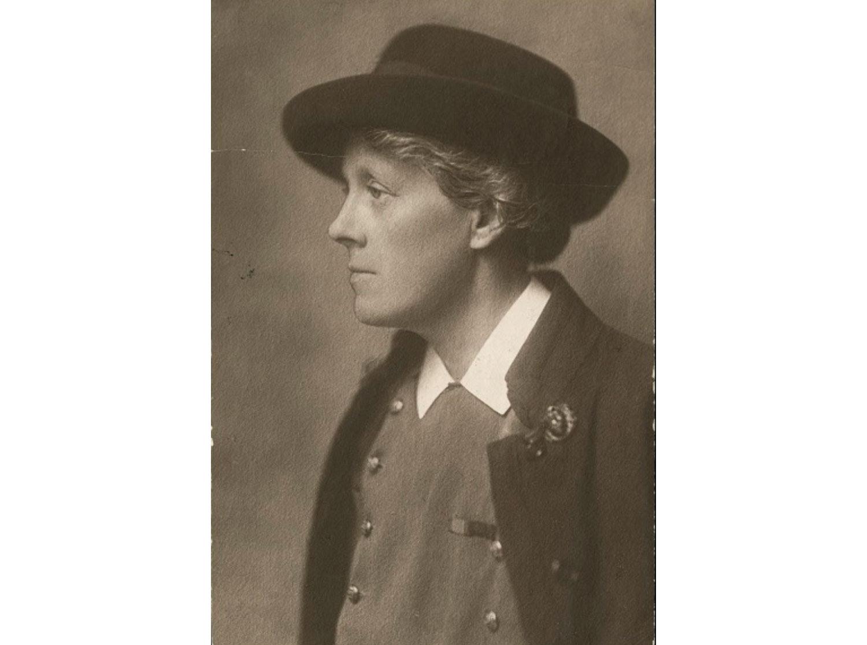Nursing pioneer