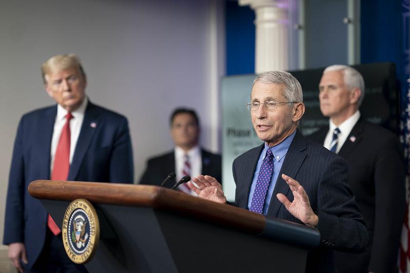 Anthony Fauci en una conferencia de prensa en la Casa Blanca el 15 de abril. Foto: Flickr / The White House