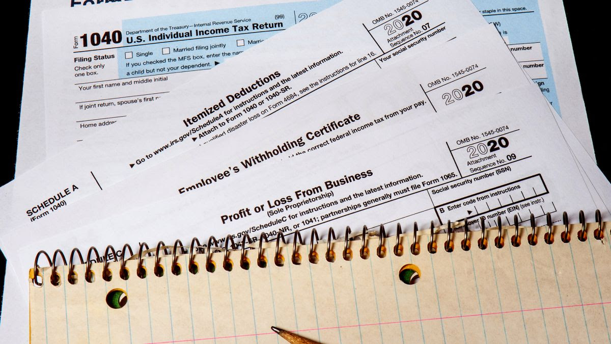Fewer Americans owed federal income tax in 2020. Here's why