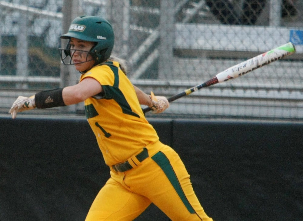 Southeastern Closes Fall With Two Victories, 7-1 Record