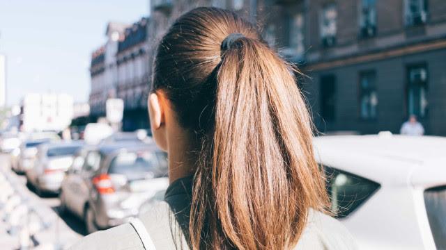 Hairstylist dá dicas de como cuidar dos cabelos no inverno