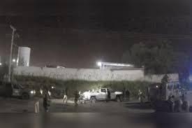 El Universal' revela video de militares disparando contra criminales; uno  de ellos queda vivo. «Mátalo, mátalo, a la ver…» - Libertad Bajo Palabra