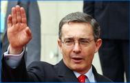 Denuncia por crímenes contra la humanidad en contra el  ex Presidente Álvaro Uribe
