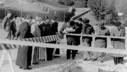 2018.11.05 1943 Bombe sul Vaticano4.jpg