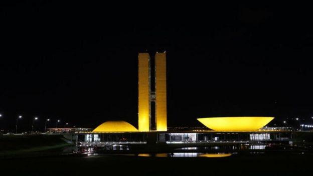Congresso Nacional à noite