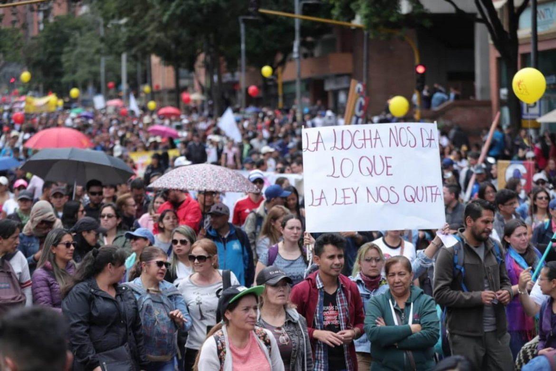 protesta-social-economia-pandemia-personas-marchas-garcia-vanegas-1170x780