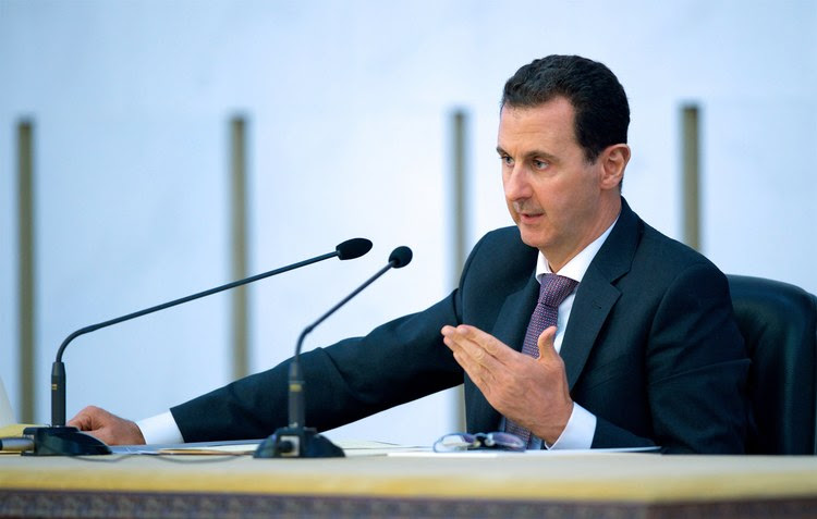 Syrian President&nbsp;Bashar al-Assad attends&nbsp;a meeting&nbsp;in Damascus. (EPA)</p>