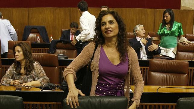 Los funcionarios andaluces seguirán sin cobrar las pagas extra en 2014