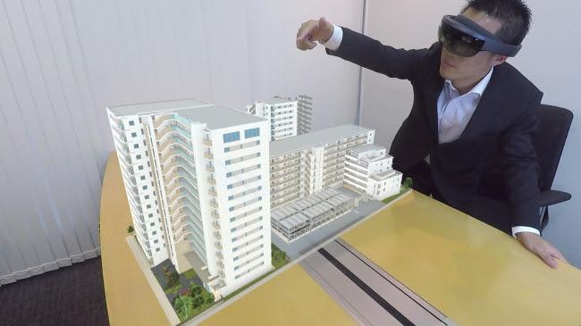 場所を選ばずマンションの外観模型を表示