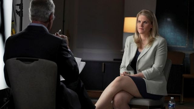 Frances Haugen sendo entrevistada por Scott Pelley para o programa '60 Minutes' da CBS