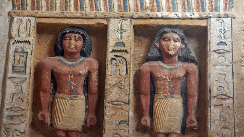 VIDEO, FOTOS: Hallan en Egipto una tumba intacta de hace 4.400 años con 45 estatuas y pozos secretos