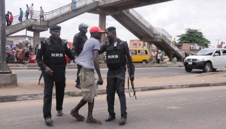 rp5 - Editorial:  5 Pedestrians Safety Tips For Crossing Lagos Roads