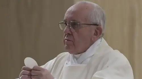 El Papa avisa: El diablo está derrotado, no os dejéis engañar por él