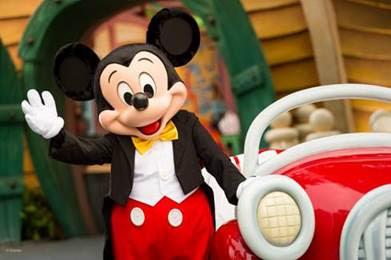 Disney celebra los 90 años de Mickey Mouse en todo el mundo