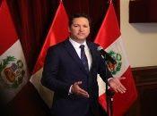 La moción de censura contra Daniel Salaverry se basa en supuestas infracciones en el cumplimiento de sus funciones como presidente del Congreso peruano.