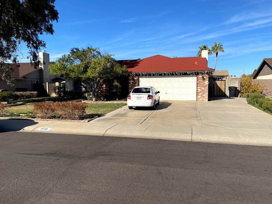 8038 W Windrose Drive, Phoenix, AZ 85381 wholesale house