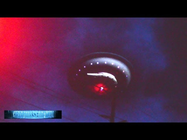 UFO News ~ UFO Over Guangzhou, China Causes Traffic On Freeway To Come To A Stop plus MORE Sddefault