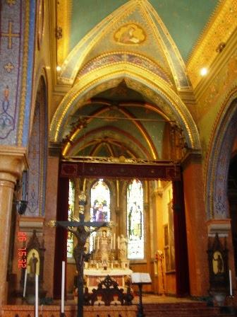 Մխիթարյանների եկեղեցու ներքին հարդարանքը (Սուրբ Ղազար Կղզի)