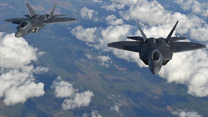Revelan detalles del comportamiento de los cazas F-22 de EE.UU. que escoltaron a aviones rusos