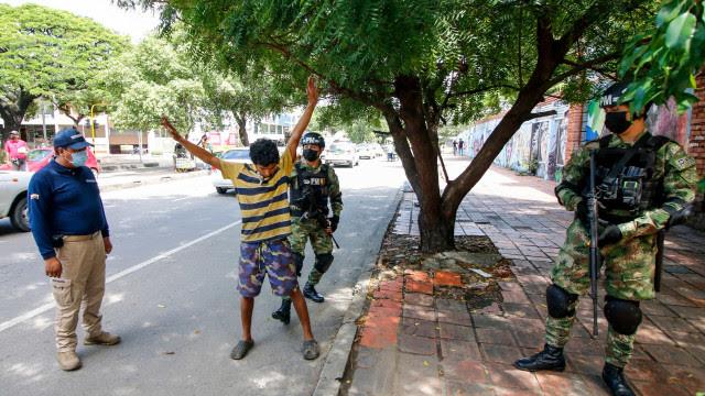 Possível assassinato eleva tensão na fronteira entre Colômbia e Venezuela