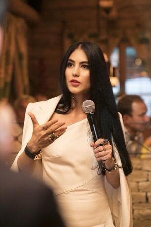 BBTV--Shahrzad microphone 2
