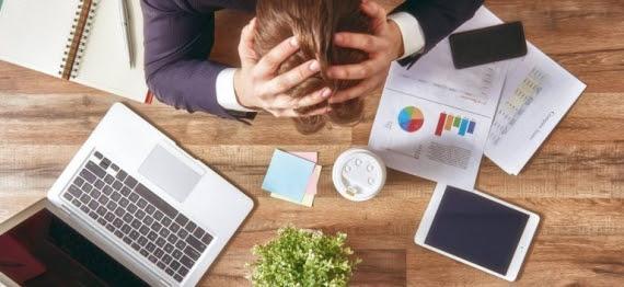 Estes quatro comportamentos financeiros podem te custar uma fortuna
