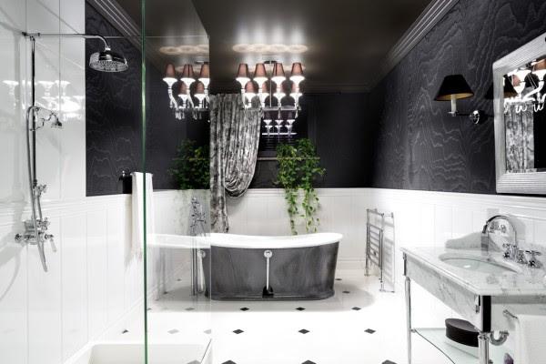μαύρο-άσπρο-μπάνιο