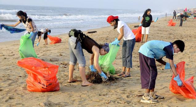 beach_clean_up.jpg