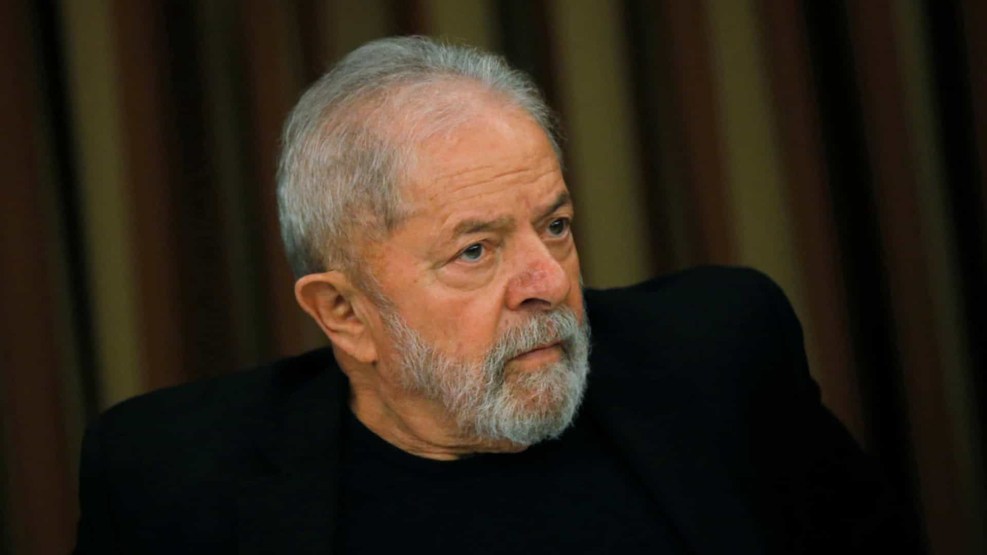 Lula detona Bolsonaro e diz que é hora de salvar o povo