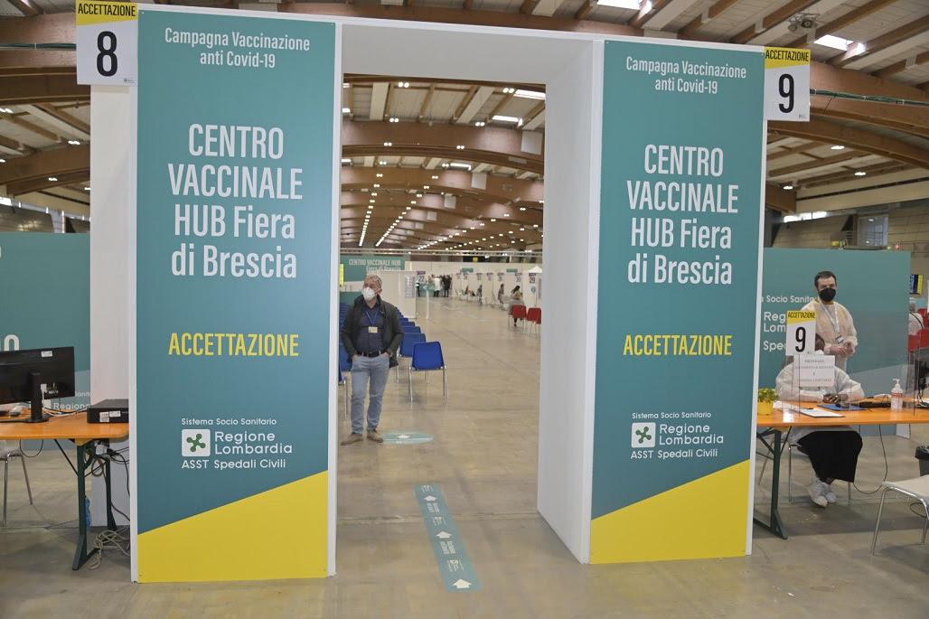 Hub vaccinale Brixia Forum