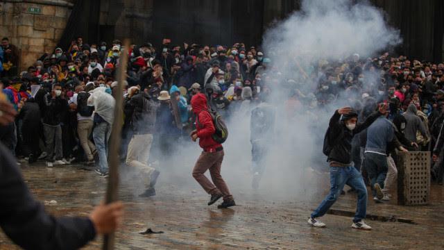 Epicentro dos protestos da Colômbia, Cali decreta estado de emergência