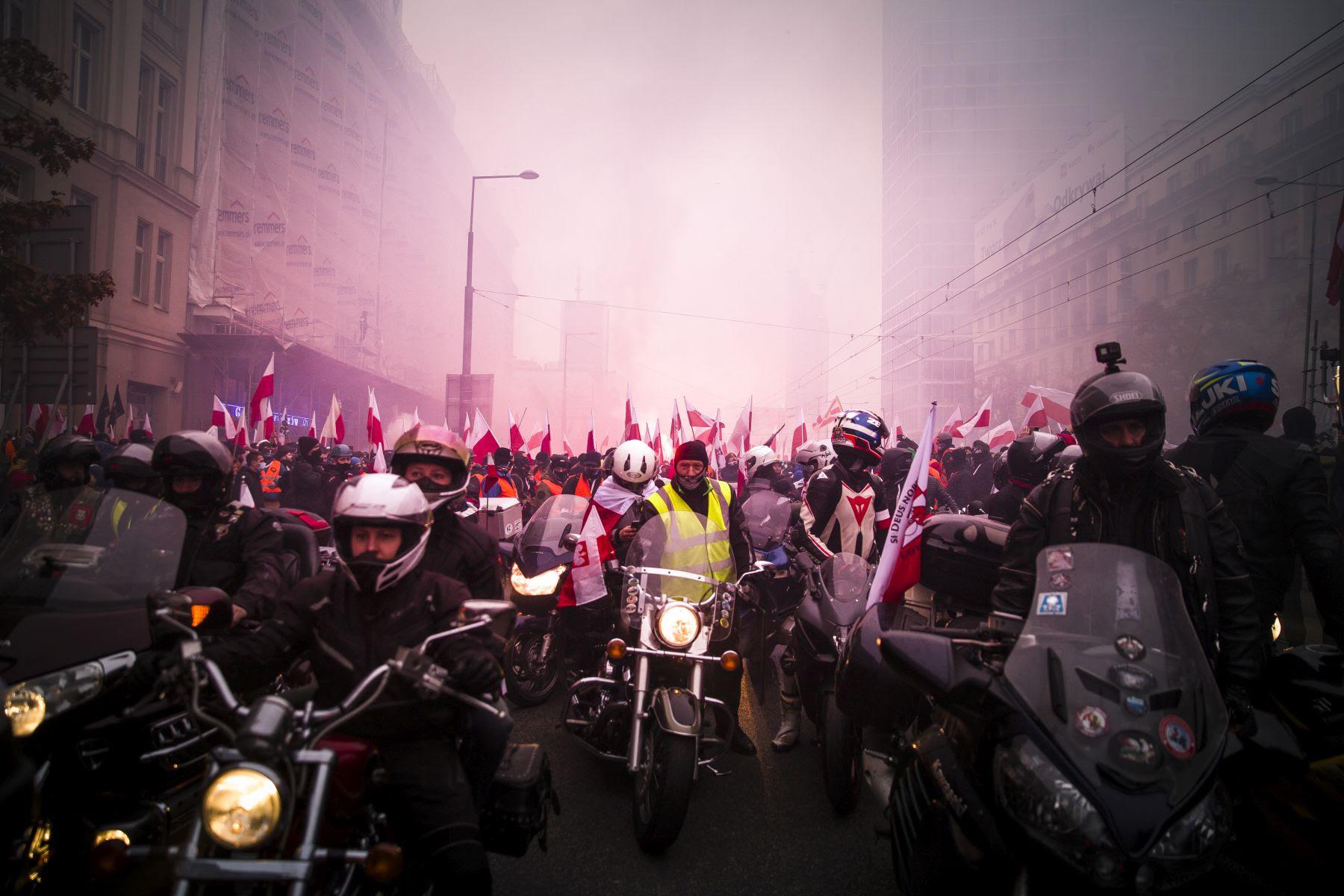 Marsz Niepodległości 2020: https://marszniepodleglosci.pl/wp-content/uploads/2020/11/20201111-Marsz-Niepodleglosci-fot.-K.-Olszewska-009.jpg