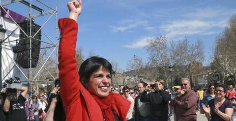 La candidata de Podemos a la Junta de Andalucía, Teresa Rodríguez, momentos antes de su intervención durante un acto electoral de esta formación en Granada.- EFE
