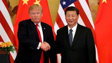 Los presidentes de EE.UU. y China, Donald Trump y Xi Jinping, en el Gran Salón del Pueblo de Pekín, China, el 9 de noviembre de 2017.