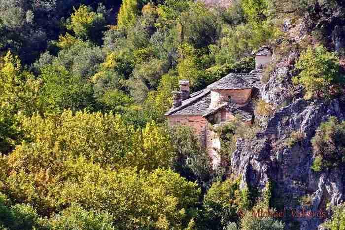 Το                                                          Μοναστήρι της                                                          Παναγίας                                                          Σπηλιώτισσας