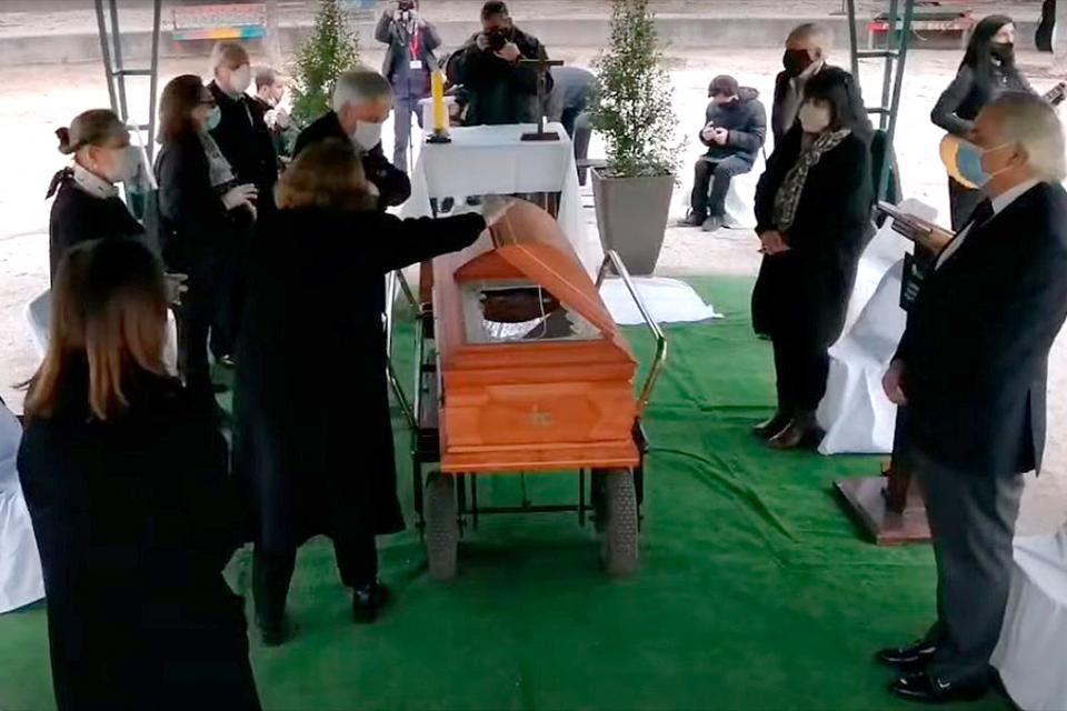 Piñera en el funeral de su tío.