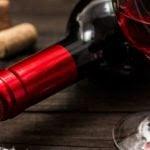 Como 2 Taças de Vinho Antes de Dormir Podem Ajudar a Perder Peso