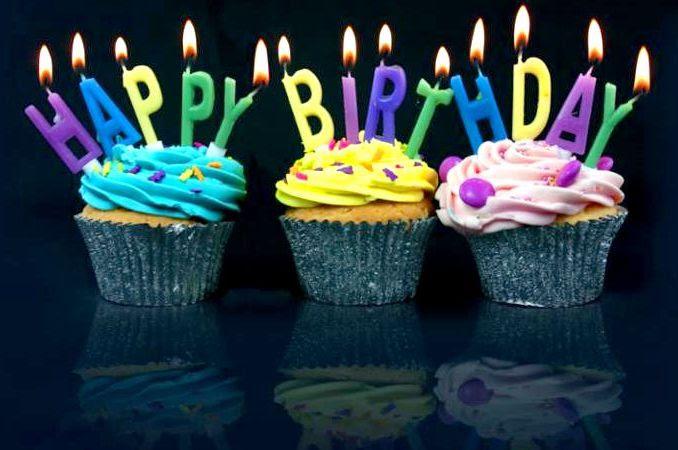 happy_birthday_cupcakes.jpg