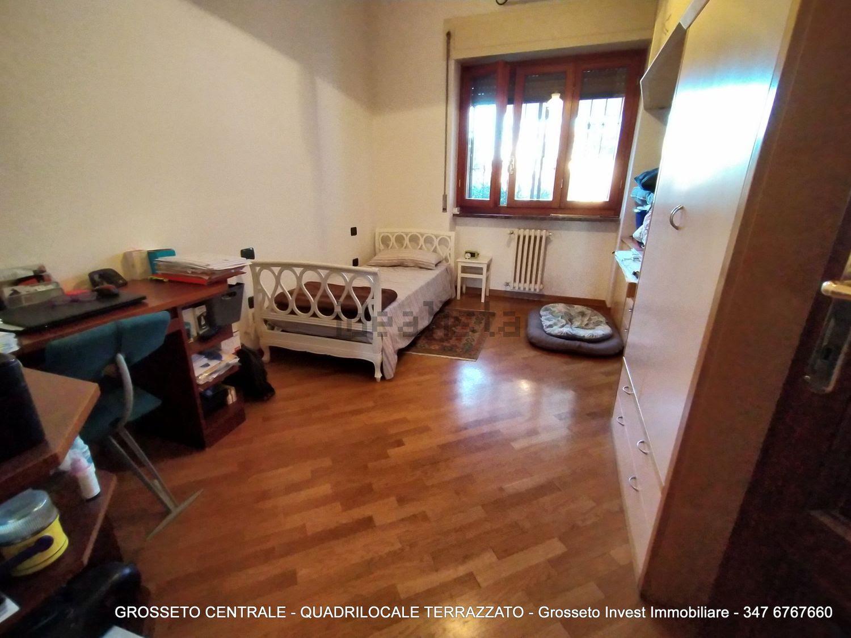 Grosseto Invest di Luigi Ciampi vendita appartamento Camera da letto di Quadrilocale vendita via Depretis, 30, Centro, Grosseto