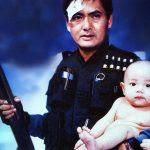 """Scène du film """"Hard-Boiled"""" ou """" A toute épreuve"""" dirigé par John Woo avec Chow Yun Fat. Le film sorti en 1992 est caractéristique des films de héros ou """"Heroic Bloodshed""""."""