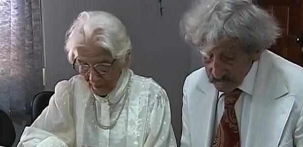 """""""Esperei 70 anos para isso"""", disse Davi Bittencourt após assinar os documentos do casamento"""