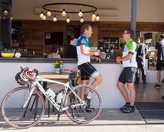 cyclistinCafe